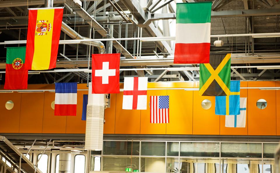 Briefe Ins Ausland Korrekt Adressieren : Briefe gestalten verpacken adressieren die post